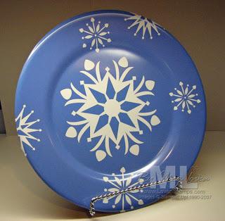 091203-decor-elements-plate