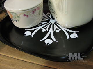 091230-winter-plates-milk