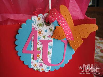 100414-gift-bag-tag-scallop