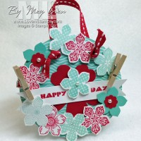 Spring Has Sprung! Petite Petals Mini Wreath Project