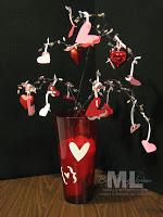 100112-valentine-vase