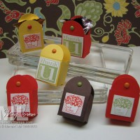 Petal Card Punch Pouch: keep your candy handy