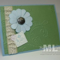 Dyed Paper Daisies: Antique Brads meet Crochet Trim