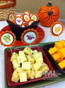 batty for you halloween table decor punch ideas