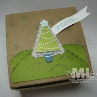 Pennant Builder Punch: Holiday Gift Box