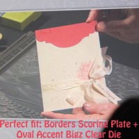 Perfect Fit: Borders Scoring Plate & Oval Accents Die