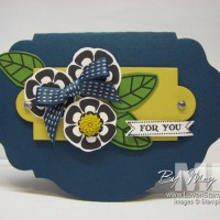 Creative Card Shapes: Oval Accent Die