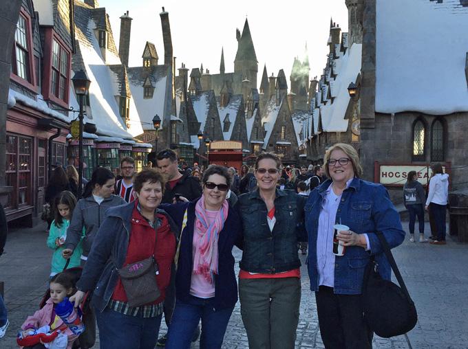 LovenStampfuls Demonstrator Team at Harry Potter World - Stampin' Up! Leadership Conference 2015